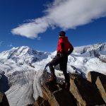 スイスアルプス フラワーハイキングと鉄道の旅
