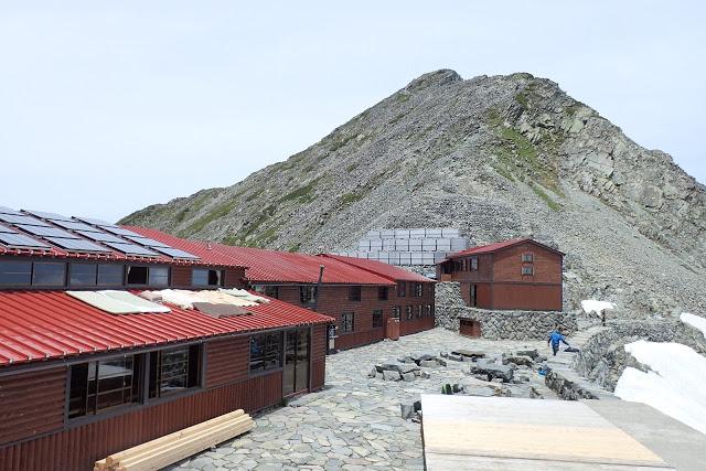 穂高岳山荘