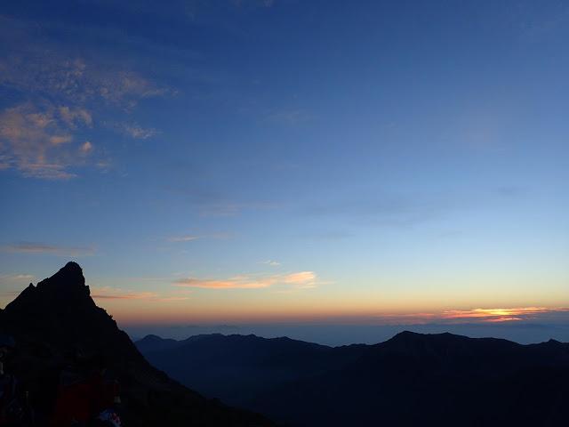 朝の槍ヶ岳