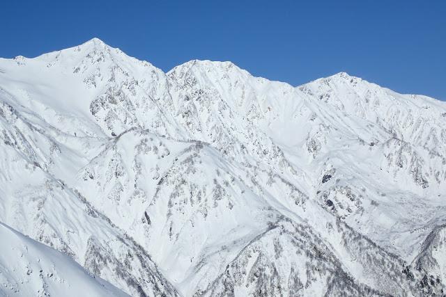 雪の白馬三山