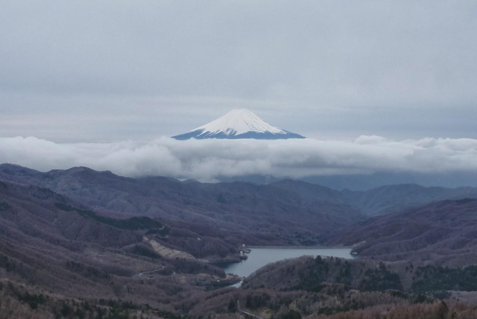 大菩薩嶺かあらの富士山