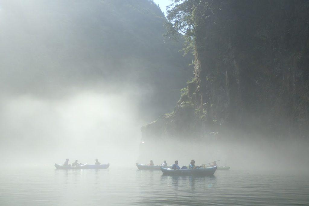 早朝の瀞峡カヤック