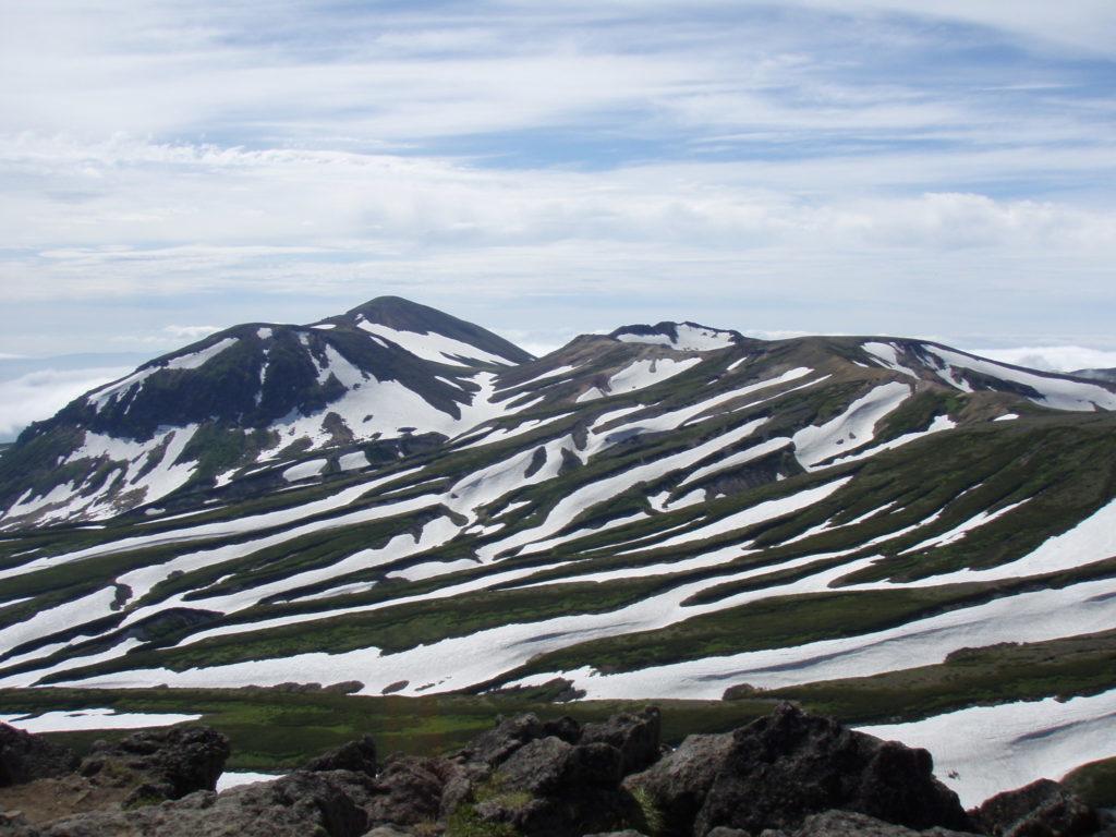白雲岳からの旭岳