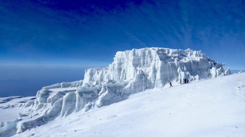 キリマンジャロ山頂部の氷河