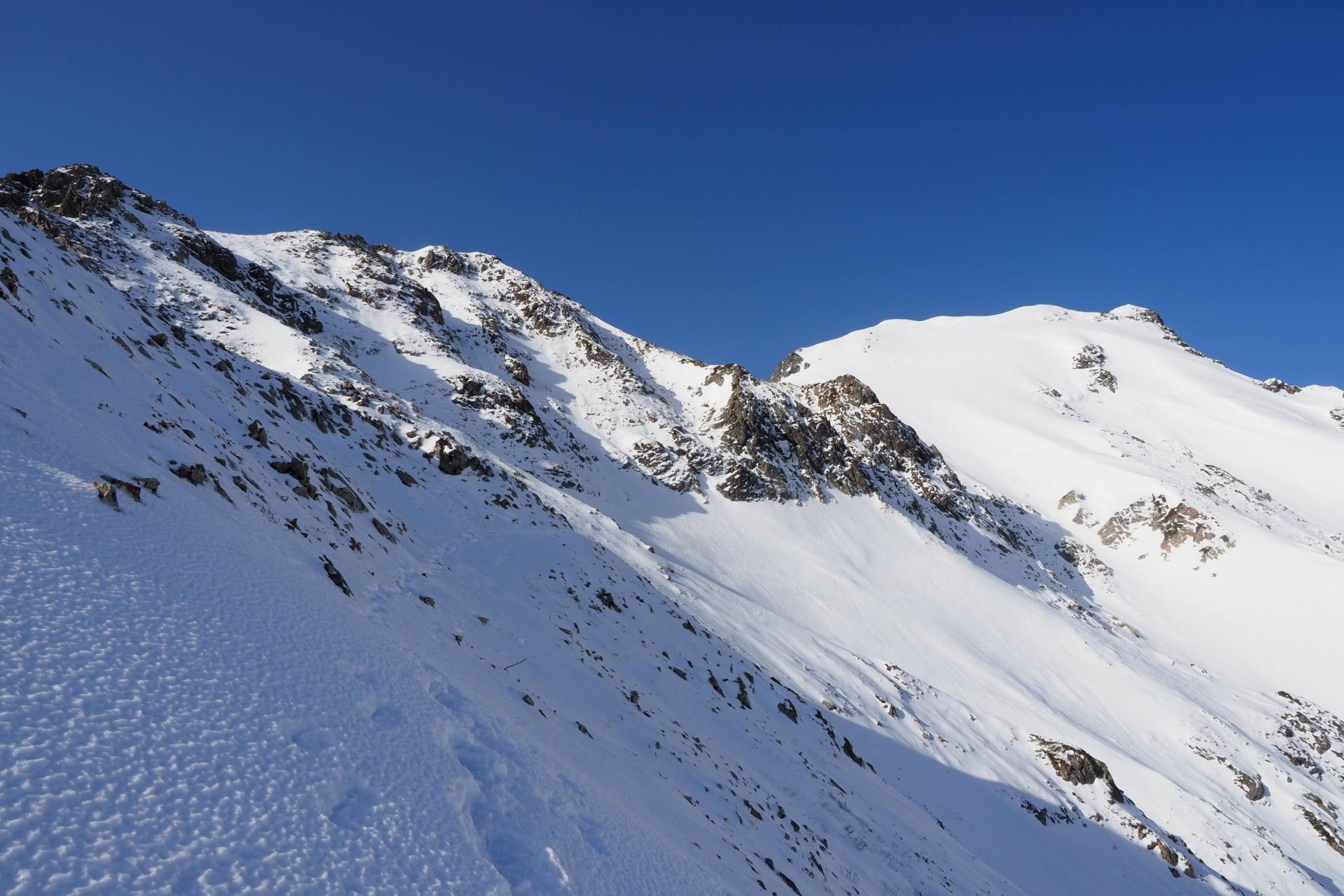 雪の五竜岳登山コース