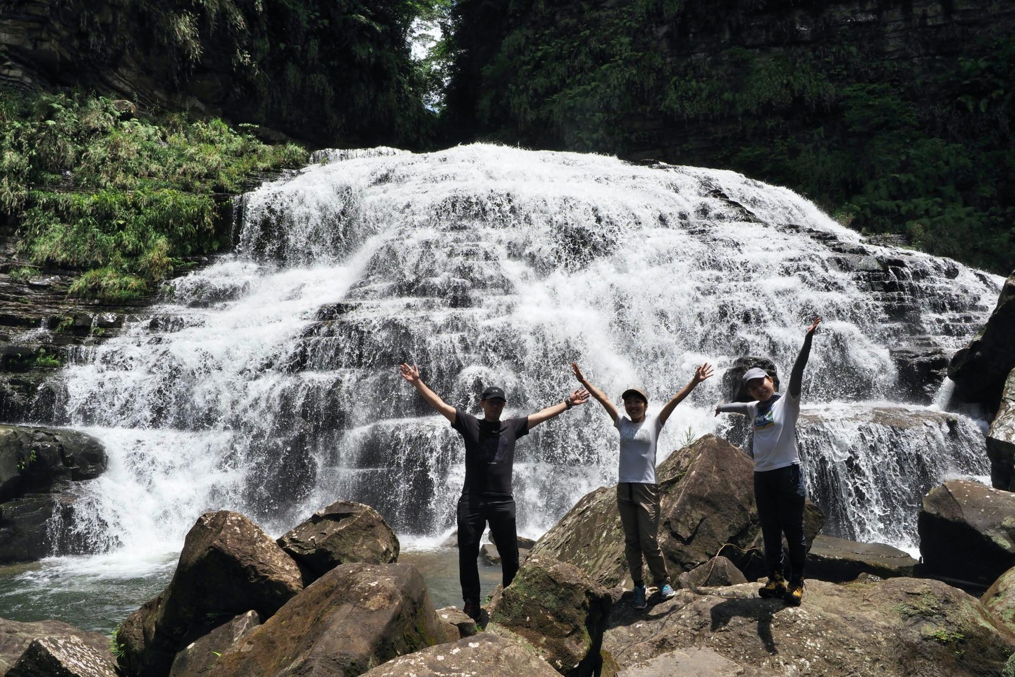 西表島 マヤグスクの滝